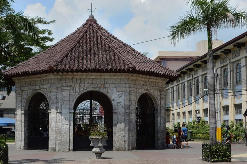 Крест Магеллана в Себу: как прийти в церковь в джинсах и не вызвать гнева