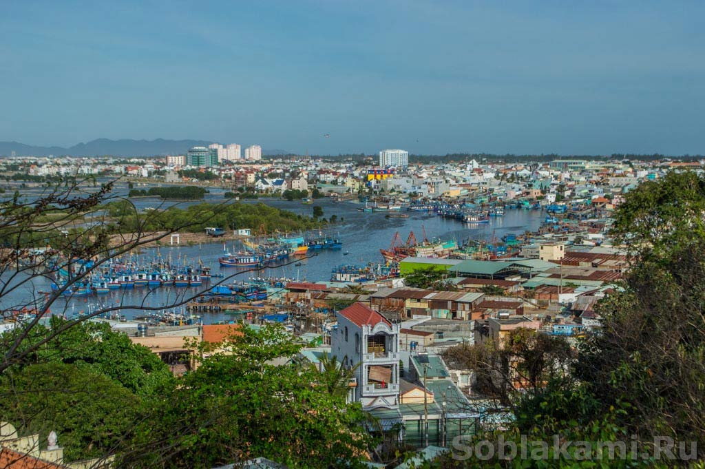 Гусеничный СПА и вьетнамские пляски: как мы проводим время в Вунгтау