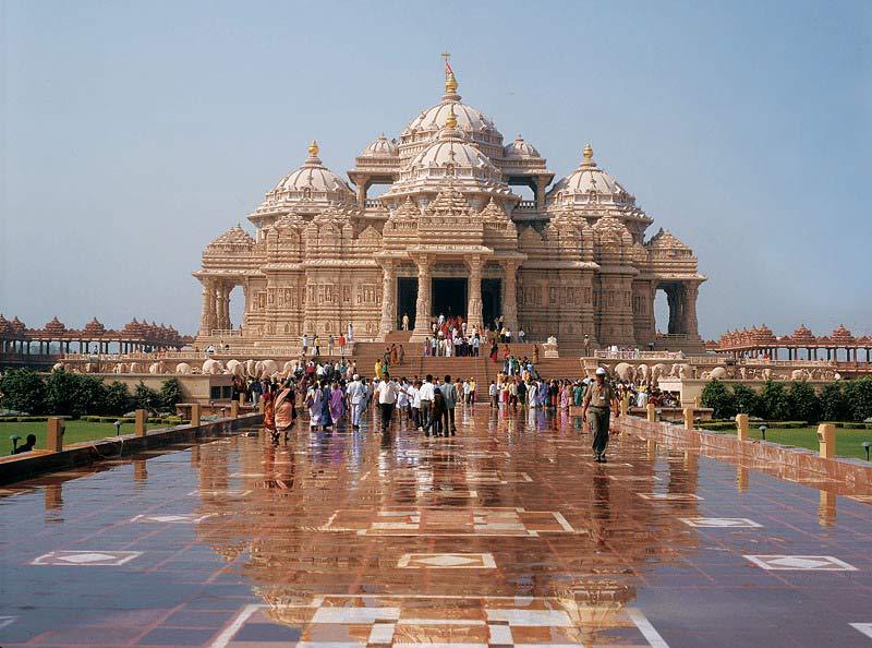 Храм Акшардхам и шоу фонтанов: Дели шикарный