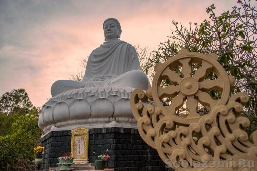 Пагода с лежащим Буддой, Вунгтау
